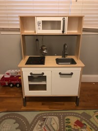 Kids Kitchen w/accessories Rockville, 20853