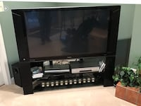 Hitachi TV and surround sound  Phoenix, 21131