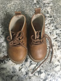 Tan boots size 5 never used Spring, 77373