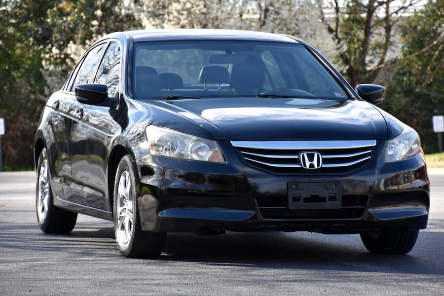 Honda-Accord-2011 0