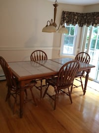 Oak tile top table with leaf & 4 chairs Mansfield, 02048