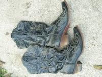 Womens size 7 corral boots
