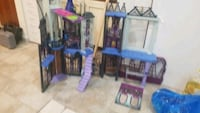 Monster high doll house  Queens, 11364