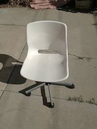 white and gray rolling chair