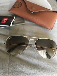 silver-colored framed Ray-Ban aviator sunglasses Phoenix, 85042