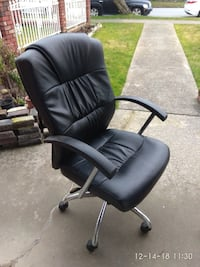 black leather padded rolling armchair home office computer chair Vancouver