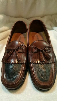 pair of brown leather tassel loafers Bowie, 20721