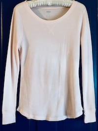 Baby pink Old Navy thermal long sleeve Hagerstown, 21740