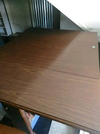 Kitchen table New Albany, 47150