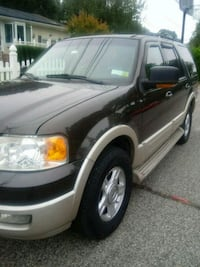 Ford - Expedition - 2005 Bay Shore, 11706