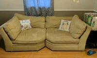 Oversized tan pottery barn sofa Boiling Springs, 29316
