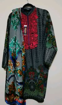 women's green and red floral long sleeve dress Brampton, L7A 0B2