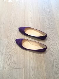 Size 6.5 Nine West Royal Purple Suede Flat Shoes Calgary, T2E 0H4