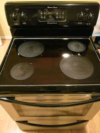 black and gray induction range oven Sterling, 20165