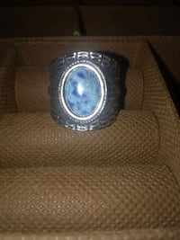 Beautiful ring 925 silver very old ... 40 bucks OBO porch pick up only