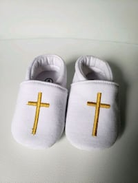 Size 1 Baptism Shoes with Gold Cross Whitby, L1R 3R1