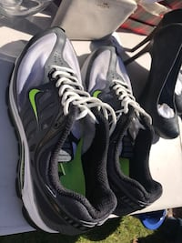 pair of black-and-green Nike basketball shoes Sunnyvale, 94087