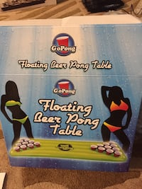 Go pong floating beer pong table like new Hamilton, L8M 2B5