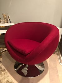 Swivel Accent chair ( roseberry color- fed color-dark pink color) Los Angeles, 91607