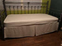 Black and white bed mattress Lakewood, 90807