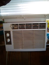 GE air conditioner 5050 btu gets nice and cold Niles, 49120