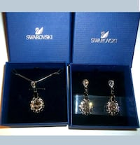 Swarovski Matching necklace with earrings Germantown, 20876