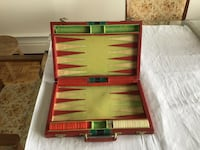 red and black backgammon board Montréal, H3X 1N9