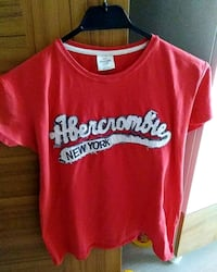Abercrombie Fitch t-shirt