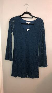 NWT Teal Lace Bell Sleeve Dress Nordstrom Rack XS Visalia, 93291