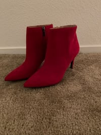 Boots- red suede  Las Vegas, 89128