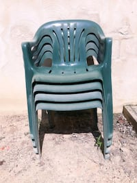 Set of 4  Outdoor Green Plastic Patio Chairs
