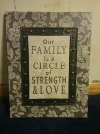 Used Our Family Is A Circle Of Strength And Love Wall Decor For Sale