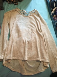 brown scoop-neck long-sleeved shirt Port Jefferson, 45365