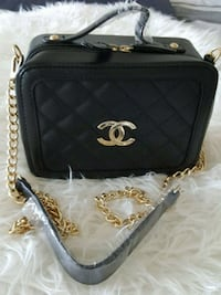Black leather Chanel crossbody bag  Ajax
