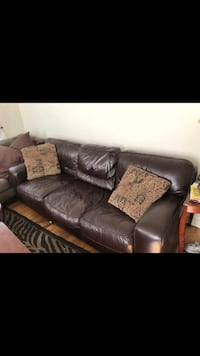 Leather couch! Rockville, 20852