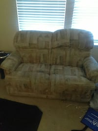 brown floral loveseat Kissimmee, 34741