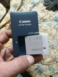 Canon battery charger with extra battery Elkton, 21921