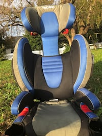 Baby's blue and black car seat carrier 95 mi