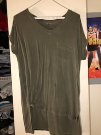 gray v-neck t-shirt Rohnert Park, 94928