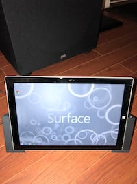 Microsoft Surface Pro 3 i7 cracked screen Mississauga, L5M 4H5