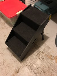 Pet stairs for bed, couch, etc.  761 mi