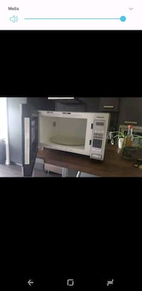 white and gray microwave oven Toronto, M2N 1P4