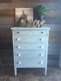 Antique chest of drawers Barrie, L4N 8T5