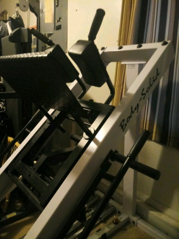 Leg Press For Sale >> Body Solid Hack Squat And Leg Press
