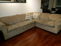 Beige sectional couch  Port Coquitlam, V3B 1A8
