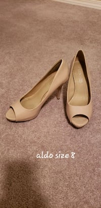 pair of beige peep-toe heeled shoes Calgary, T2P 0H5