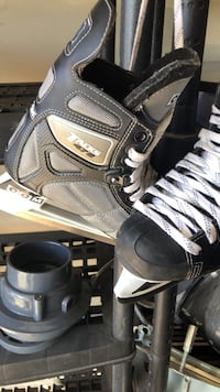 CCM Tacks 472 youth skates size 6 Edmonton, T6V
