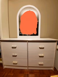 White dresser with mirror and end table