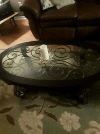 Beautiful heavy coffee table Reynoldsburg, 43068