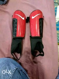 red and black colouered power SHINPADS Mumbai, 400010